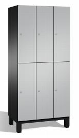 C+P Spind doppelstöckig 45101-30 Cambio auf Füßen 3x 2 Fächer 300mm (HxBxT) 1980x900x525mm Schwarzgrau/Weißaluminium