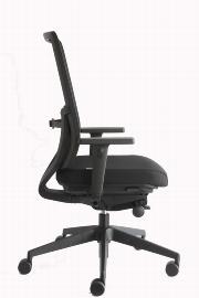 Geramöbel Bürodrehstuhl Dynamic 76-T6 alle* Verstellmöglichkeiten Schwarz